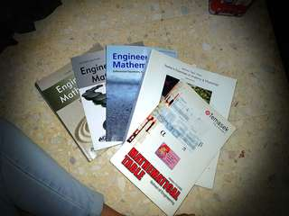 TEMASEK POLY BME COURSE BOOKS - Engineering Maths, Anatomy & Physiology & TP Math Table