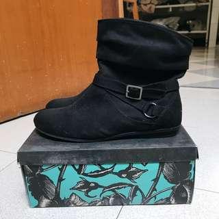 Boots Velvet — black (for big size)