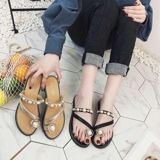 🚚 新款露趾珍珠水鑽平底拖鞋