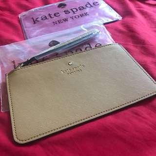 Kate Spade pouch.