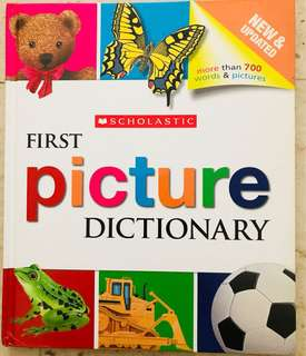 First picture dictionary by SCHOLASTIC 孩子的第一本图画字典