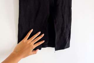 Black midi skirt ZARA