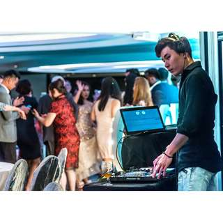Want an events DJ? Here it is! Experienced events DJ for your corporate & personal events with speakers and emcee services covered