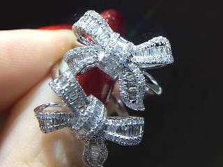 鑽石蝴蝶結戒指
