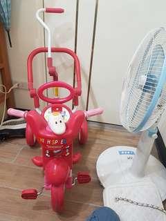 兒童腳踏三輪車
