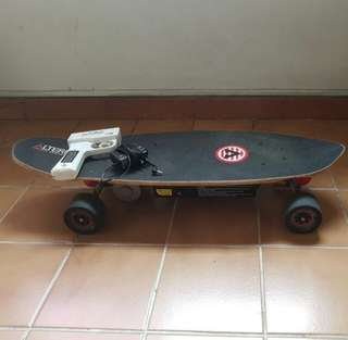 Electric skateboard toy
