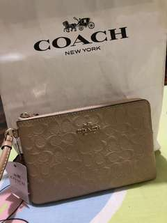 Wristlet (Coach) 101% Authentic