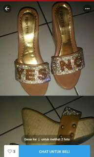 Yes no wedges