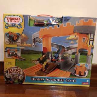🆕Authentic Thomas' Take-n-Play Adventure Castle Set