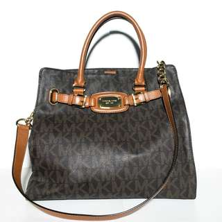 Authentic Michael Kors Bag. FREE SHIPPING!!