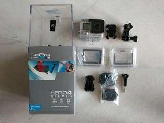 GoPro Hero 4 Silver - Pre loved