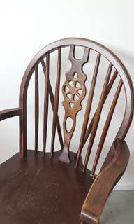 Antique cottage chair with spindle back