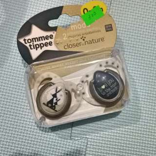 Tommee Tippee (Pacifier) Unisex