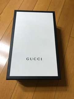 Gucci 盒