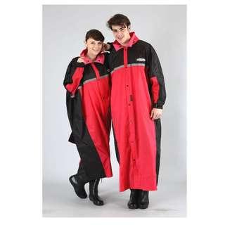 🚚 天龍牌 競速型 SPORT 一件式 前開式 連身式 防水 防寒 雨衣 - 黑/紅