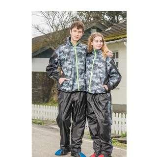 🚚 天龍牌 迷彩運動風雨衣 二件式 風衣型 雨衣 (商品未包含鞋套)