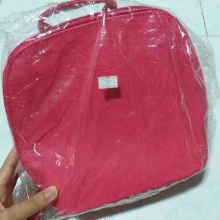 BN Hot pink ladies small bag pack