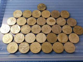 35X Australia $1 Commemorative Coin