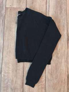 Black Cropped Knit Size M