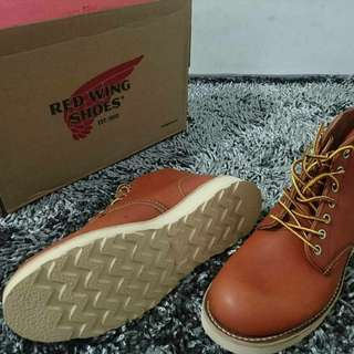 Red Wing Boots 8166 Plain Toe BNIB
