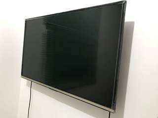 "40"" ultra HD smart tv"