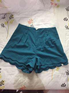 High-Waisted Scalloped Hem Shorts