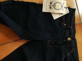 Zara basic size 28