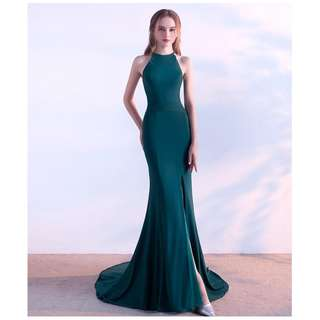 Green evening dress with train XS