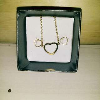 Stainless Gold Necklace and Earrings(Partner)