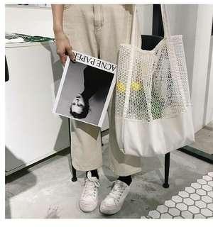 正韓❤️洞洞設計 手提/肩背 萬用包