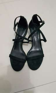SALE!!! CHARLES AND KEITH HEELS