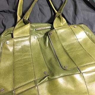 Matt & Nat Olive Green Leather Purse
