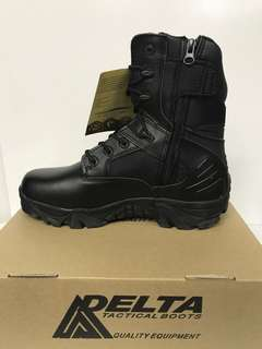 BOOT DELTA HI WITH ZIP AND SHOE LACES