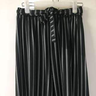 Black/White Stripes Trousers/Wide Pants