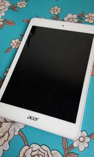 Acer Iconia A1-830 - BARELY USED & NEGOTIABLE PRICE