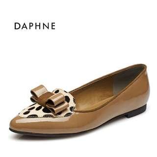 🚚 達芙妮正品時尚舒適蝴蝶結尖頭豹紋低跟中口女單鞋 挑戰最低價 任選3雙免運費