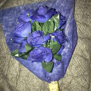Bucket Bunga Biru