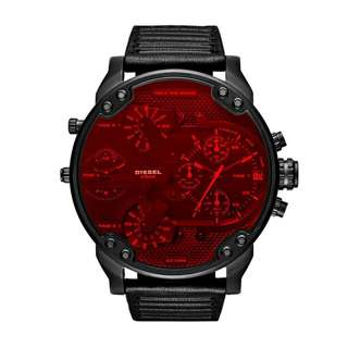 MEN'S CHRONOGRAPH MR. DADDY 2.0 BLACK LEATHER STRAP WITH RED CRYSTAL LENS WATCH DZ7402