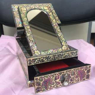 Mother of Pearl Vintage Jewellery Box