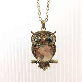 [Never worn] Owl crystal necklace #Midyearsale