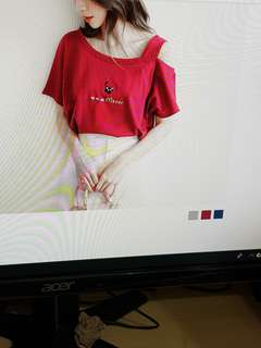 PO (M -3L)Kitty Embroidery off Shoulder Oversize Top(3 Colors)