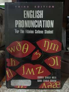 English Pronunciation for College Students Book