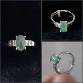 Jadeite Ring(翡翠戒指). Set in 925 silver plated white gold ring with zircon. Direct from Myanma.