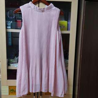 粉色無袖雪紡衣