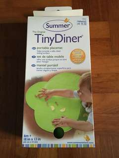TinyDiner Waterproof Portable Feeding Placemat / Dining Mat with Suction (green)