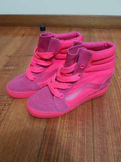 Vans coral wedge sneakers