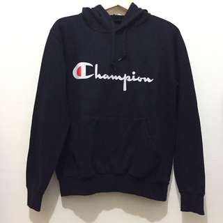 Champion Hoodie in Navy