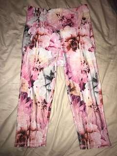 Three quarter leggings