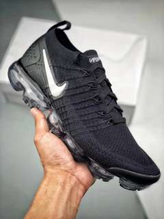 Nike Air VaporMax Flyknit black