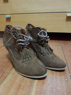 Valleygirl tan suede shoes